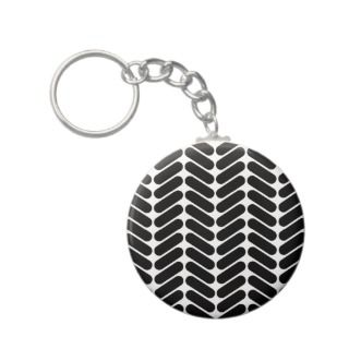 Black and White Zig Zag Pattern. Party Plates