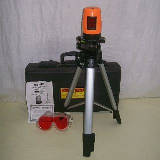 92703 Self Levelling Laser Level w Tripod Goggles Paper Case