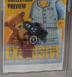 2012 Lego Toy Fair Iron Man Captain America w Lanyard 121 125 Graded