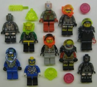10 Lego Aliens Minifig Lot Figures Space Martians Ufos Underwater