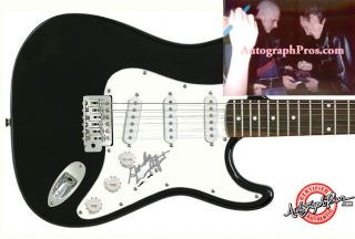 Gordon Lightfoot Autographed Signed Guitar Proof PSA DNA UACC RD COA