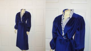 Vintage Robe Say Lu Royal Blue Velour White Lace Collar Size Medium to