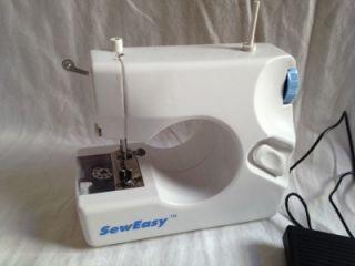 Sew Easy Portable Mini Cordless Sewing Machine in Box w Button Mate