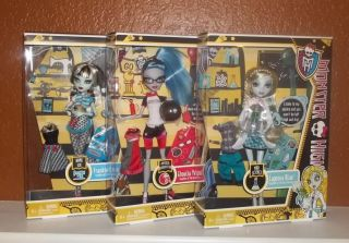 Monster High Classroom Dolls Lagoona Science Ghoulia Frankie Home Ick