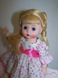 Madame Alexander Doll Total Moves Wendy Dancing Queen Signed