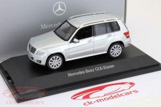 manufacturer Schuco scale 143 vehicle Mercedes Benz GLK Klasse