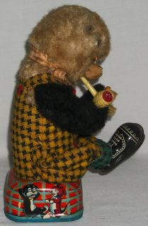 Vintage Shoeshine Bear Tin Toy Shoe Shinning Bear with Pipe Japan
