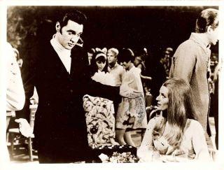 Elvis Presley M Carey Live A Little Love A Little