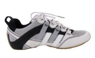 Tsubo Womens Millay Fashion Sneaker 6 White Black