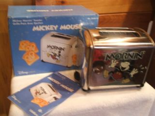 Disney Mickey Mouse Mornin Toaster Villaware Musical New in Box