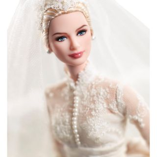 2011 Silkstone Grace Kelly The Bride Barbie Collector Gold Label New