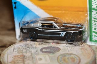Hot Wheels Treasure Hunt 2012 Release 67 Custom Mustang