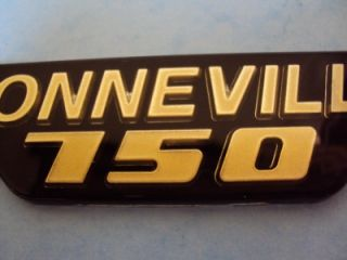 Triumph Bonneville 750 T140E Side Panel Badge Gold