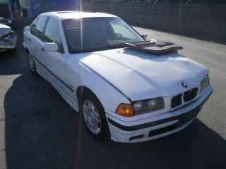 BMW 318i 4DR E36 Interior Door Panel Assembly L R