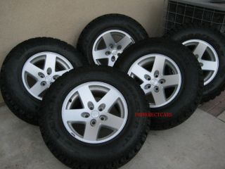 Factory Jeep Wrangler Rubicon 16 Wheels Rims Tires