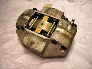 Ferrari Parts: 308 F/R Brake Caliper OEM NOS #106357
