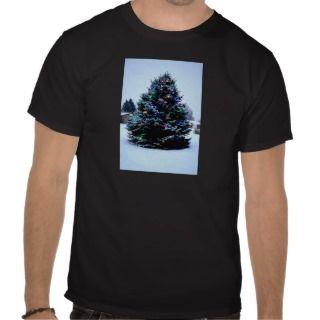 Outdoor Christmas tree Decorated Tee Shirt
