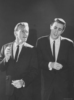 Righteous Brothers Bobby Hatfield and Bill Medley Premium Photographic Print by Bill Ray