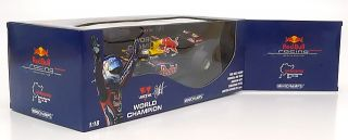 Minichamps Red Bull Racing F1 Team Vettel 2011 1:18
