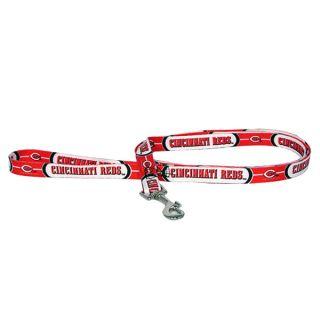Cincinnati Reds Pet Lead   Team Shop   Dog