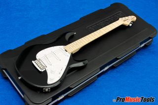 Music Man USA Silhouette Special SSS   black * almost like new