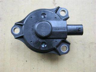 Magnet Nockenwellenversteller orig. Mercedes Benz Motor M272 350