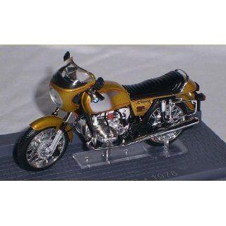 BMW R90S R 90 S R90 GOLD 1976 GOLD 1/24 MODELLMOTORRAD MODELL MOTORRAD