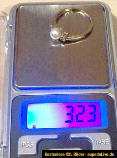 585 GOLD RING 14KT 3,23 gr. MIT PERLE UND 2 BRILLANTEN TOP