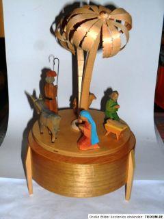 Krippe spieluhr spieldose weihnachten kunst volkskunst