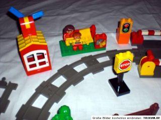 Lego Duplo elektrische Eisenbahn Steine Set grosse Anlage