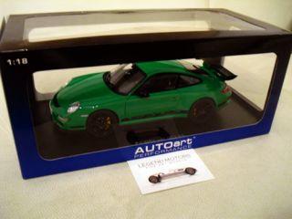 18 Porsche 911 997 GT3 RS grün green schwarz black AutoArt NEU OVP