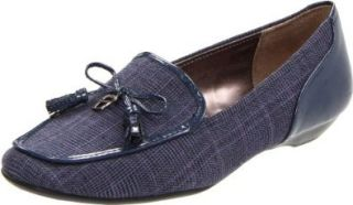 Etienne Aigner Womens Jason Loafer Shoes