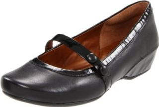 Clarks Womens Concert Hall Flat Shoes