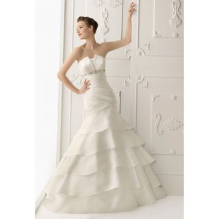 Womens Champage Satin Elegant Pleated Wedding Gown