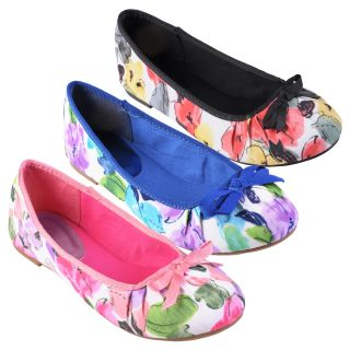 Journee Collection Womens Sapphire 23 Floral Round Toe Ballet Flat