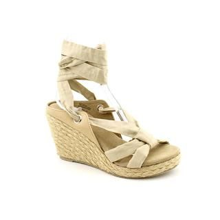 Volatile Womens Sheridan Fabric Sandals