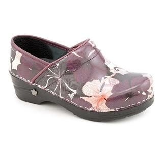 Koi by Sanita Womens Hybiscus Patent Leather Casual Shoes