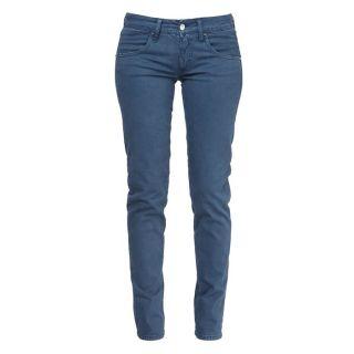 97% Coton/ 3% Elasthanne. Pantalon 100% Italien à laspect doux et