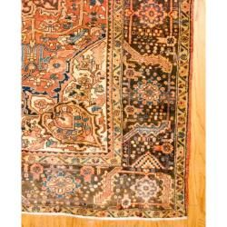 Persian Hand knotted Heriz Pink/ Grey Wool Rug (92 x 122