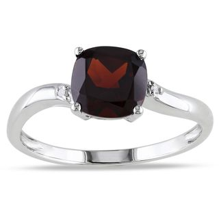 Miadora 10K White Gold Garnet and Diamond Accent Ring (G H, I2 I3