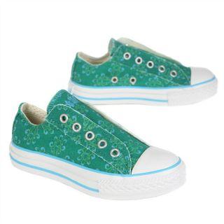 Modèle Chuck Taylor Slip. Coloris  vert, bleu et blanc. Basket