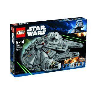 LEGO Star Wars Millennium Falcon 7965 Toys & Games