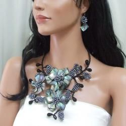 Abalone/ Pearl Peacock Flower Bouquet Jewelry Set (3 4 mm) (Thailand