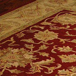 Handmade Antiquities Jewel Red/ Ivory Wool Rug (96 x 136