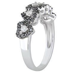 10k White Gold 1/2ct TDW Black and White Diamond Heart Ring (H I, I2
