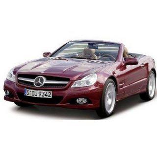 MAISTO   Modèle réduit   Mercedes Benz SL550   Echelle 1/18  Rouge