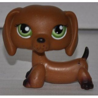 Dachshund #139 (Green Eyes, Brown) Littlest Pet Shop