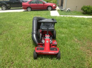 Snapper SR825 8 hp riding mower 25 inch patented hi vac cut with rear