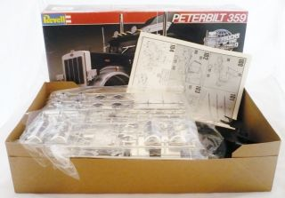 Revell Model Kit Peterbilt 359 Black Magic 1 25 1982 7410 Semi Truck
