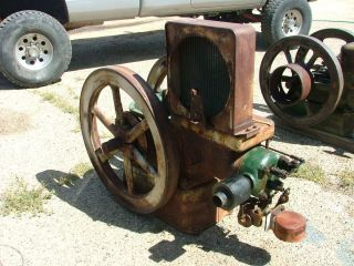 Fairbanks Morse 6 H P 450 R P M Hit and Miss Z Engine See Video of Her